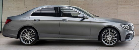 Private door-to-door limousine transfers from Vienna Airport (VIE) to Bratislava city (all areas)